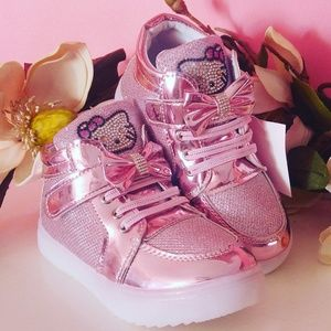 Other - NEW HELLO KITTY pink Light tennis shoes